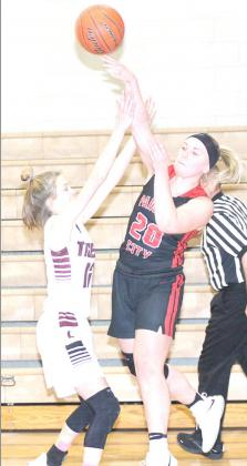 P.C. Lady Indians outlast Lewiston Lady Tigers in first round of Pioneer